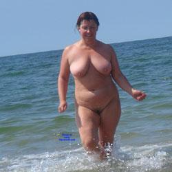 Horny Milf On Nude Beach - Nude Girls, Beach, Big Tits, Brunette, Mature, Outdoors, Bush Or Hairy, Amateur
