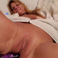 Snowed In! - Toys, Shaved, Amateur