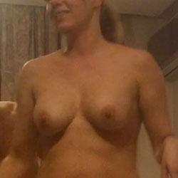 Roxana Full Naked - Nude Girls, Amateur