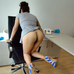 Moving Office Part 1 - High Heels Amateurs, Bush Or Hairy