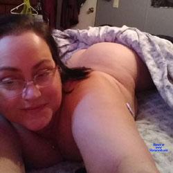 Hello - Big Tits, Brunette, Amateur