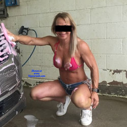 Car Wash - Nude Girls, Big Tits, Blonde, Outdoors, Amateur