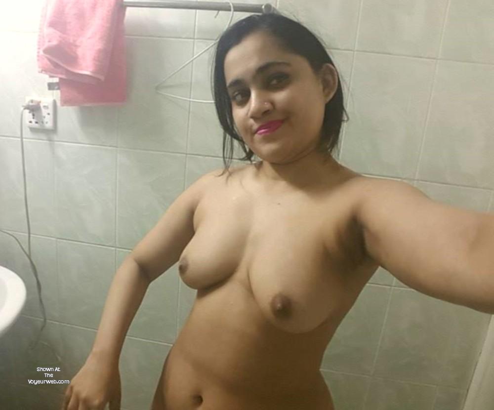 Pic #1 My medium tits - Sadia