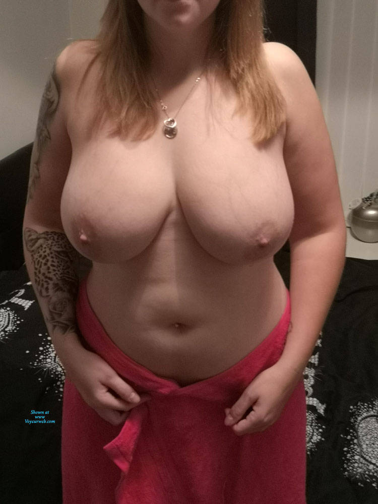 Pic #1 First Time Shoot - Topless Girls, Big Tits, Amateur