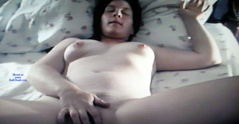 Amateur Hot Wife Gangbang