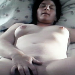 Wife Fingering Herself