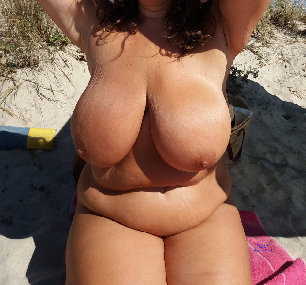 Pic #1 Naked On The Beach - Nude Girls, Beach, Big Tits, Outdoors, Amateur