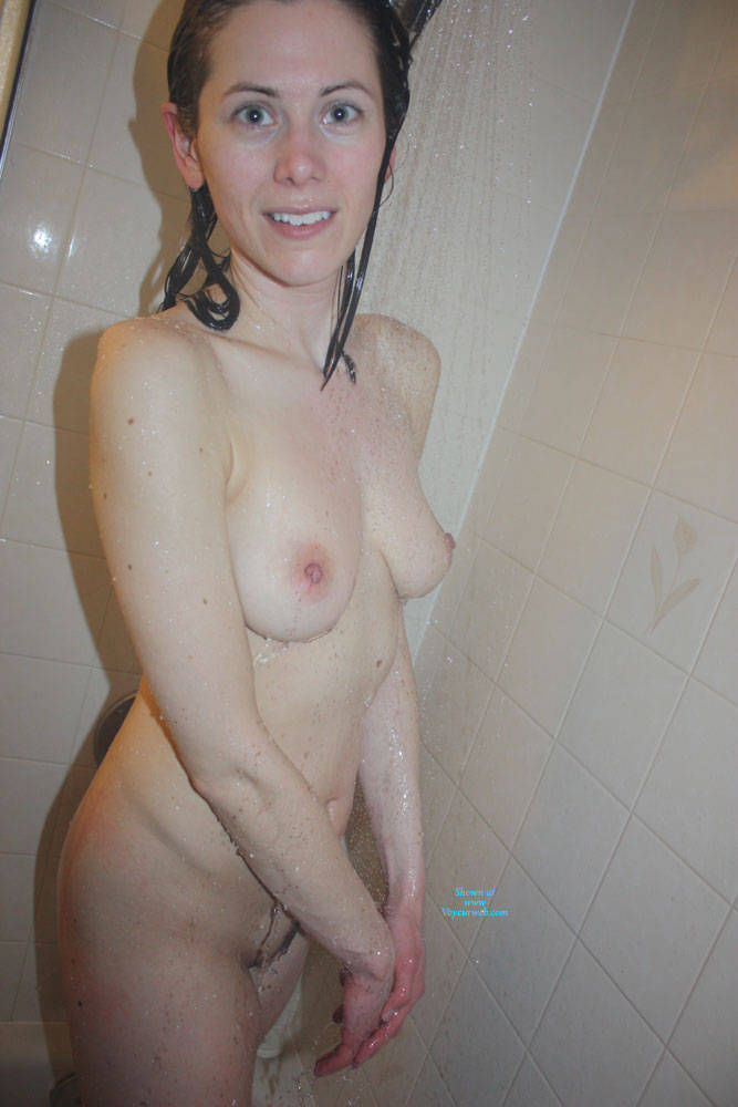Amateur Gf Naked Girls Shower Time