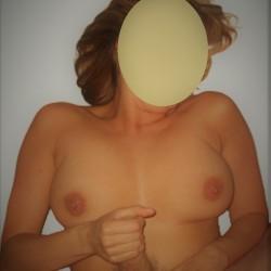 Medium tits of my wife - Aline