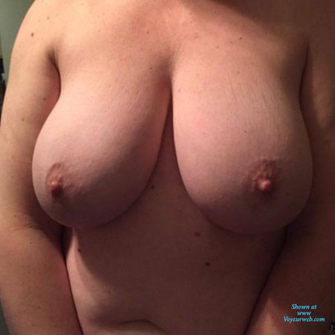 Pic #1 Mallory - Big Tits, Amateur, Wet Tits