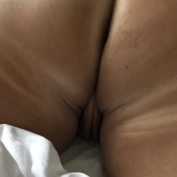 My wife's ass - My_mature_wife