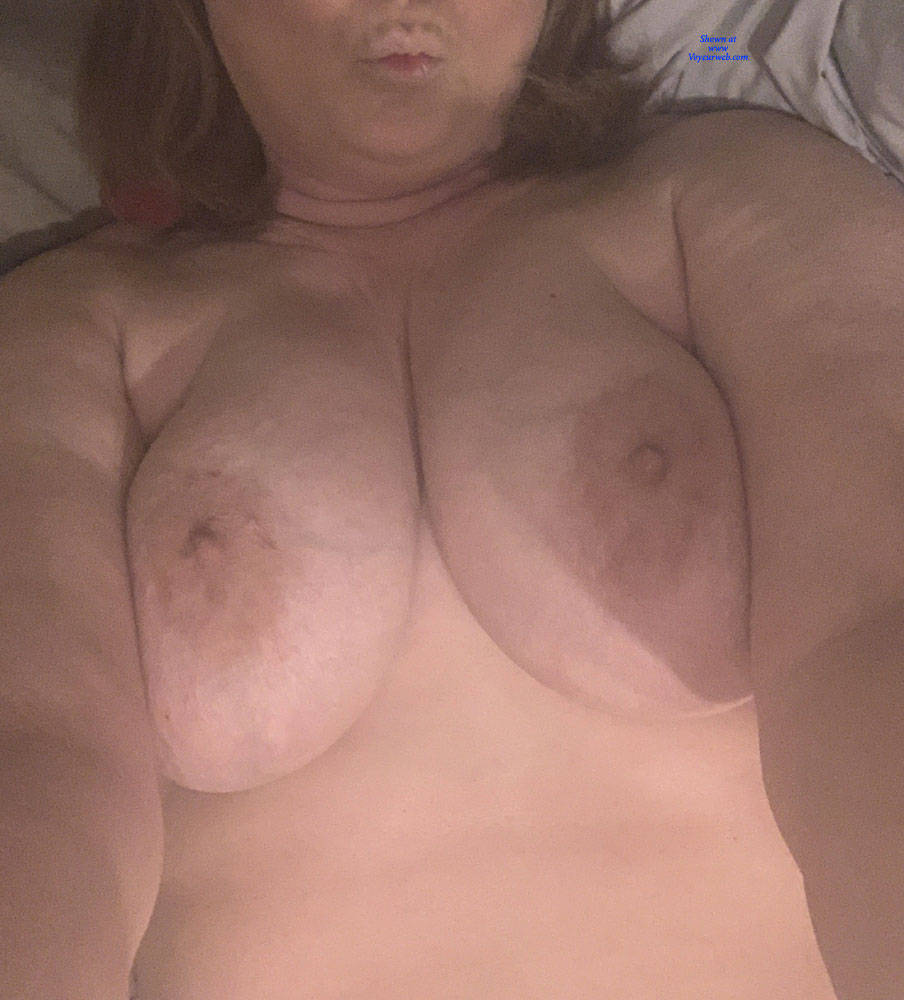 Pic #1 Hot Wife Exposed - Big Tits, Wife/wives, Amateur