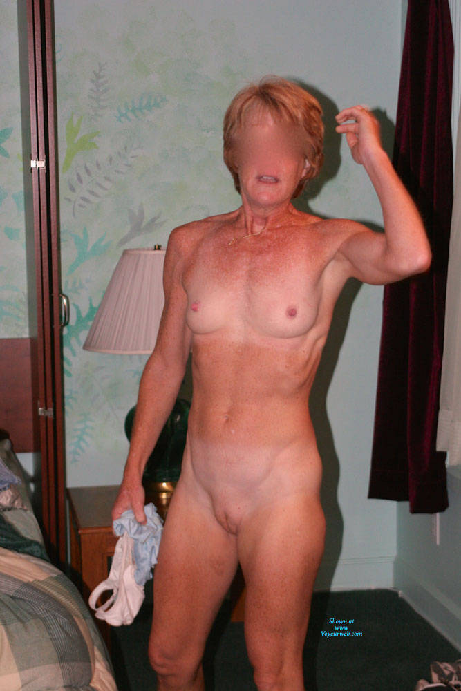 Pic #1 Redheaded Milf - Nude Girls, Mature, Redhead, Shaved, Amateur, Medium Tits