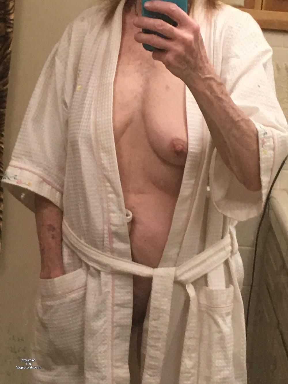 Pic #1 My medium tits - Playmate