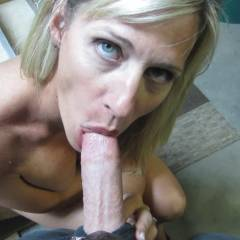 Showing Off - Blowjob, Wife/wives, Amateur, Blonde