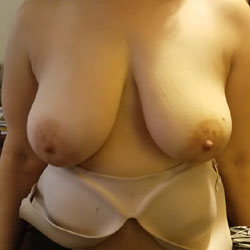 Bra On Bra Off - Big Tits, Mature, Amateur