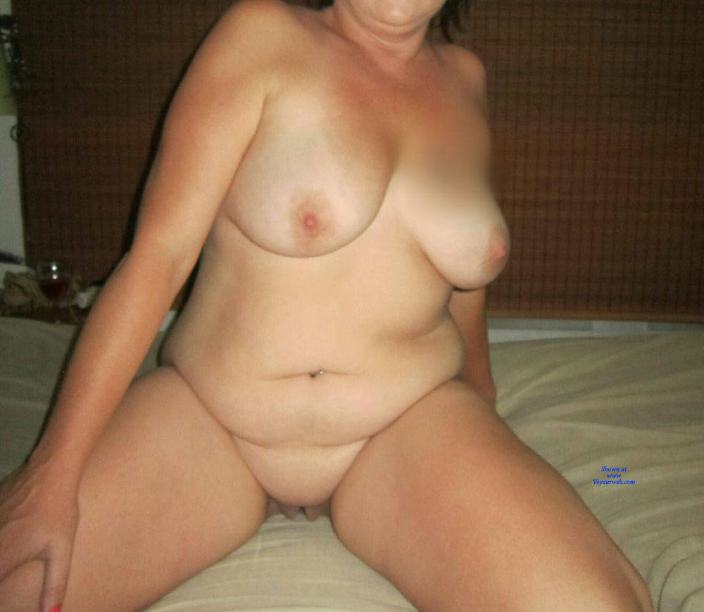 Pic #1 Fun Night - Nude Girls, Big Tits, Shaved, Amateur