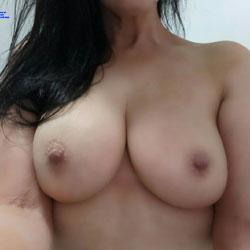 Firm And Big - Big Tits, Amateur, Natural Tits