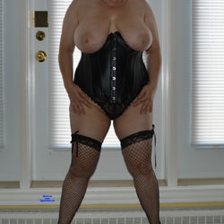 Showing Off My 38DDs - Big Tits, Lingerie, Mature, Amateur, Stockings Pics