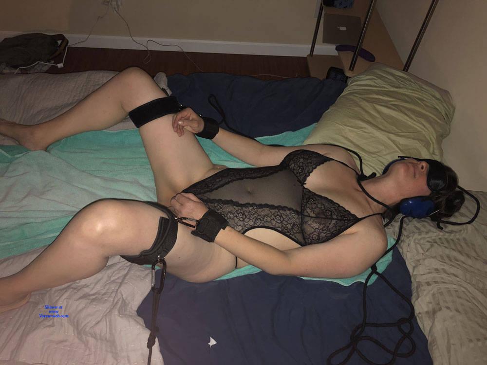 Pic #1 More - Nude Amateurs, Big Tits, Mature, Lingerie, Bush Or Hairy