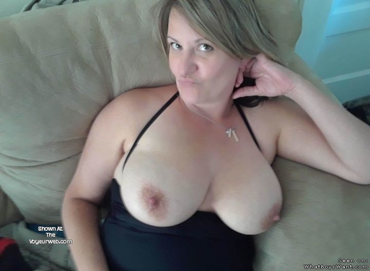 Big Natural Tits Public Fuck
