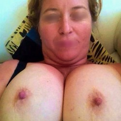 My very large tits - Milf-Bea