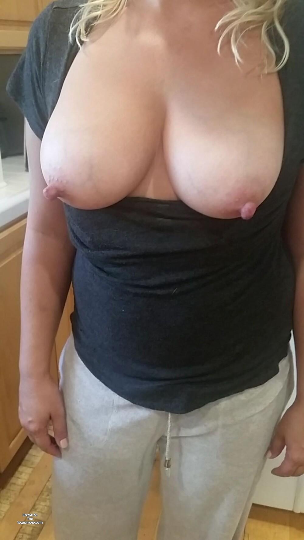 Short Hair Big Tits Milf