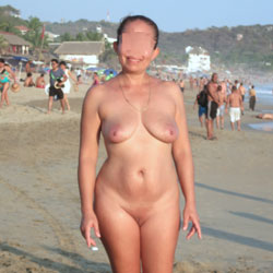 Sexy Milf - Nude Amateurs, Beach, Big Tits, Mature, Outdoors, Shaved