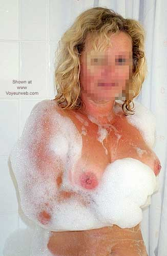 Pic #1 Nude Wife In Spa