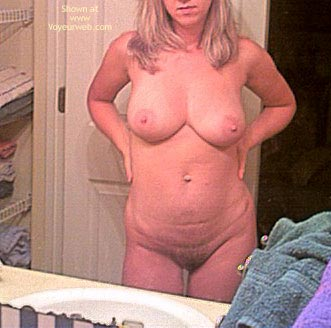 Pic #1 Hot Heather Gets Ready 2