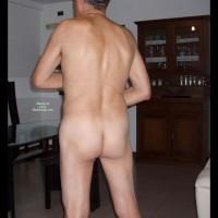 Nudo In Salotto