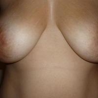 My medium tits - Alicia