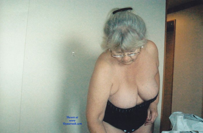 Pic #1Hanging Out - Mature