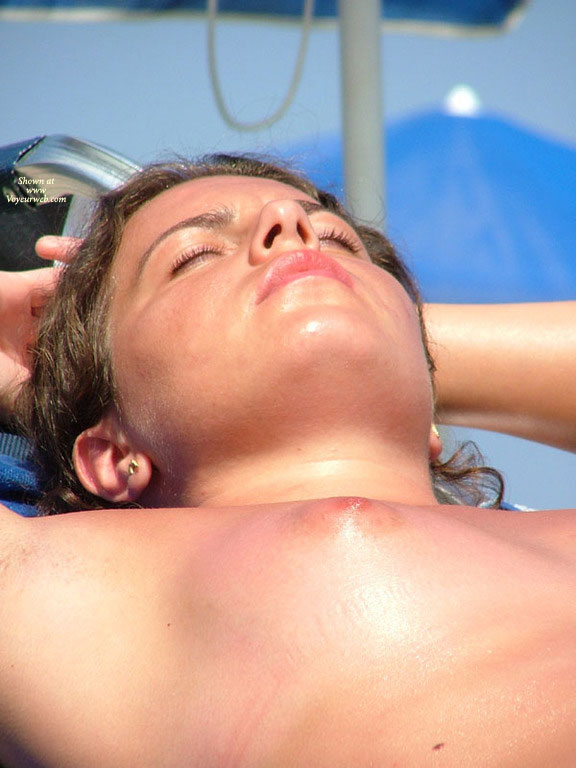 Beach Tits - Beach Voyeur , Sunburned Tit, Naked Beach, Nice Face, Tanning, Young Breast In The Sun, Small Breast, Beach Nipple, Bach Voyeur, Suntunned Breast, Tit To The Sun