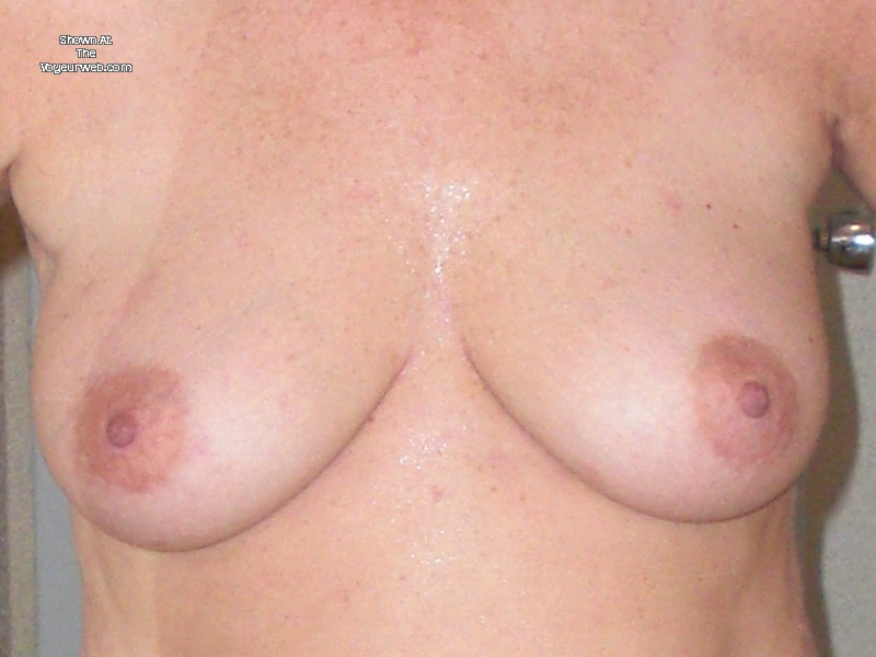 Pic #1Medium tits of my wife - Jill