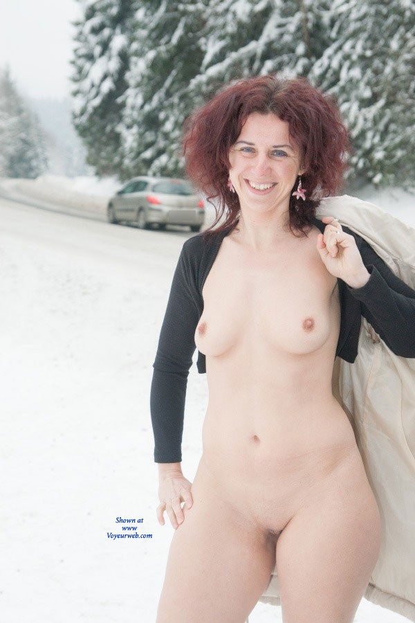 Winter Fun - Brunette Hair, Exposed In Public , Hi, One Fine Winter's Day Thought A Lot Of Snow And I Enjoyed The Fun On Road. It Was Very Funny, Drivers Honking And I Will Show It Had A Pretty :).  Bye Next Time Lena