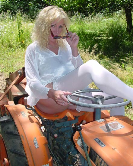 Pic #1 Tractor Woman