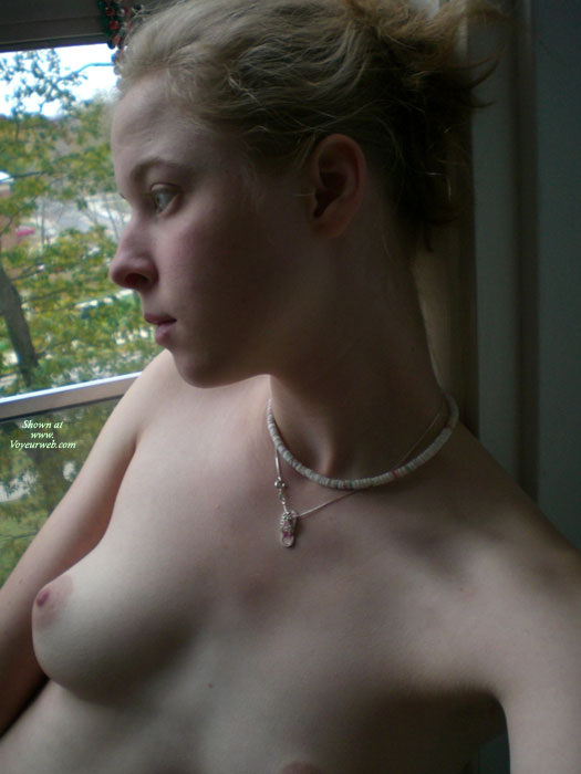 Young Cutie Topless - Blonde Hair, Natural Tits, Pale Skin, Perky Tits, Topless , Pale Skin, Shell Necklace, Short Blond Hair, Sexy Fair Skin, Natural Perky Tits, Long Neck, Great Boobs, Elegant Boobs, Puffy Nipple, No Makeup, Young Blonde