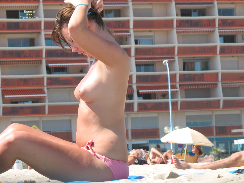 Topless At The Beach - Brown Hair, Topless Beach, Topless, Beach Voyeur , Beach Beauties, Topless Gal With Pink Bikini Bottoms., Beach Tits, Topless Girl In Beach Putting Her Hair Up., Voyuer, Topless Sunbather In Profile, Pink Areolas