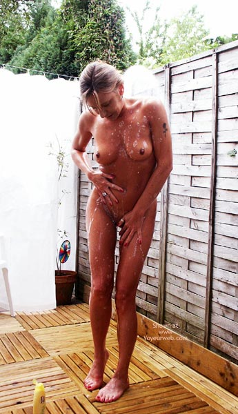 Pic #1 Susy Rocks Outdoor Shower