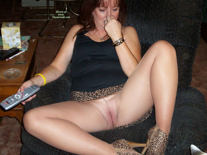 Pantyhose without panties