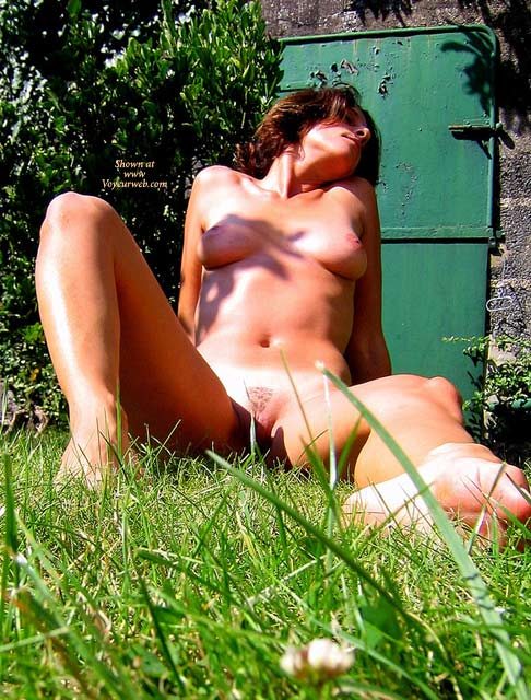 Sitting In The Grass With Spread Legs - Brown Hair, Nude Outdoors, Shaved Pussy, Spread Legs, Trimmed Pussy, Naked Girl, Nude Amateur , Rustic Country, Firm Body, Short Brown Hair, Spread Legs Trimmed Pussy, Trimmed/shaved Pussy, Tanning All Over, Sitting In Nature, Outdoor Sun And Grass, Spread Legs, Unashamed Nude Outdoor, Ass On The Grass