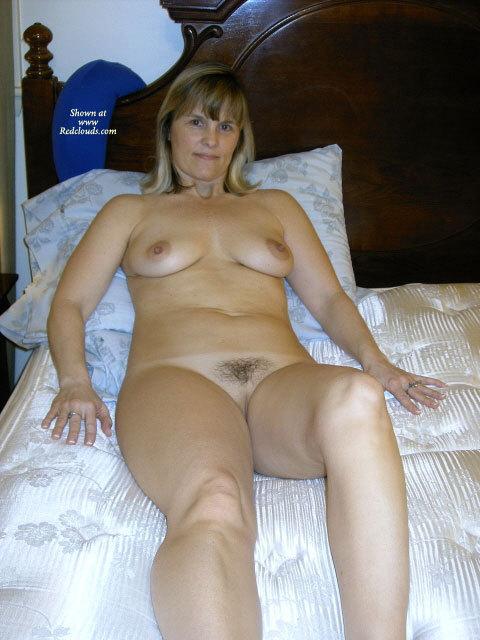 Pic #1My sexy milf again