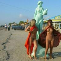 *GG Statues - Estatuas
