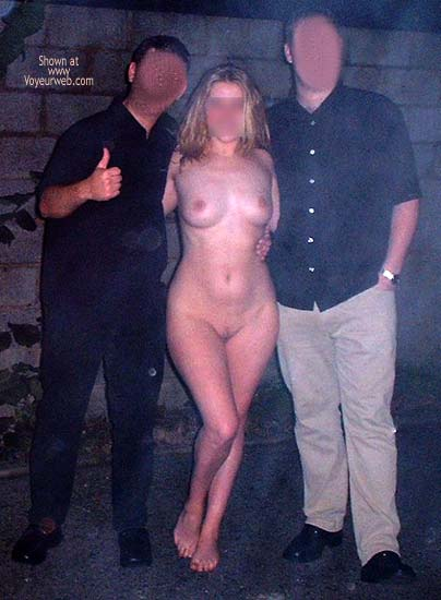 Pic #1 JJ Nude in Public