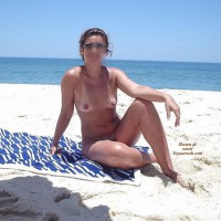 Gostosa at the beach part 6