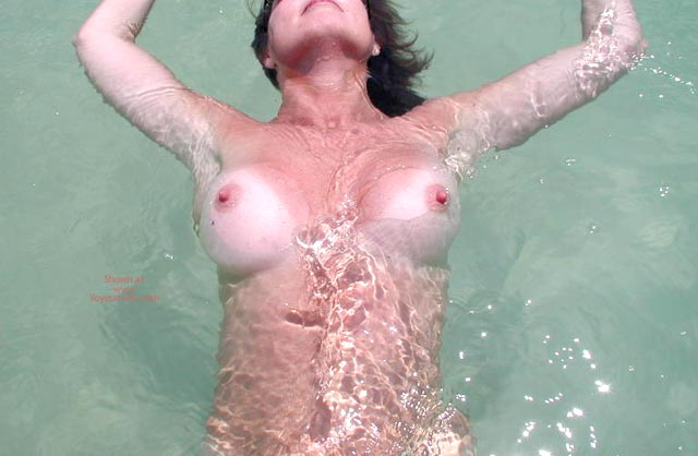 Pic #1 Sexy Sandy Floating Away