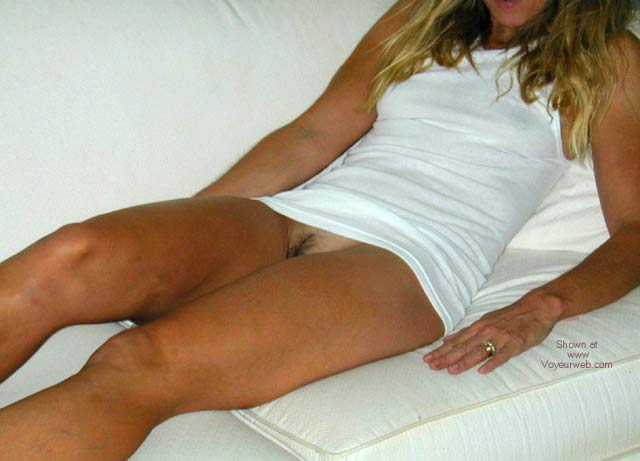 Pic #1 Wife Who Shows It