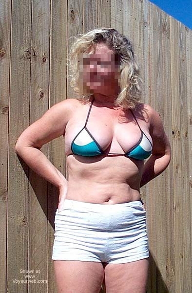 Pic #1 Naughty Wife Outside