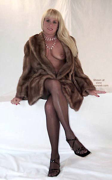 Pic #1 Flashingal in Mink
